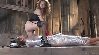 Bondage experience and role play are priceless for Audrey Hollander