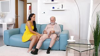 Young busty be enamoured of Jennifer Mendez gives a blowjob and titjob to team a few old man
