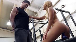 Blonde girl tries the personal trainer's hard steel for a handful POV rounds