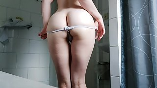 Horny Teen In all directions Bathtub Showing Off Wet Body